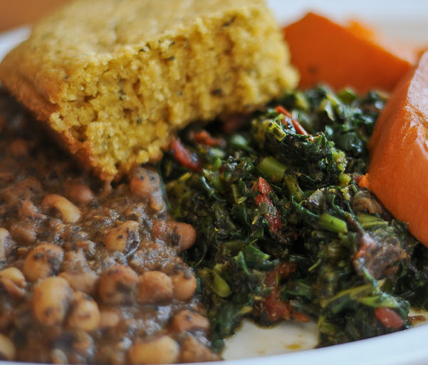 Greens and black-eyed peas (Credit: Souley Vegan)